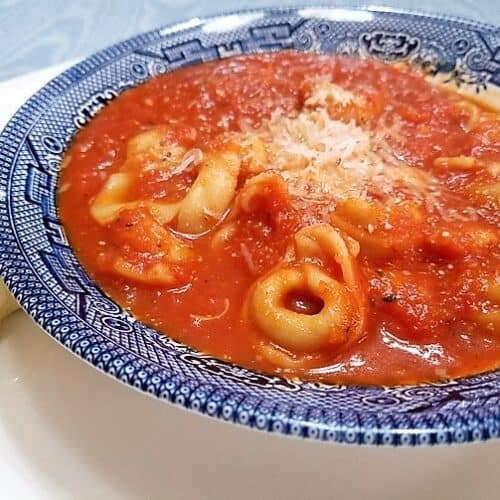 Recipe for Homemade Tomato Soup with Tortellini