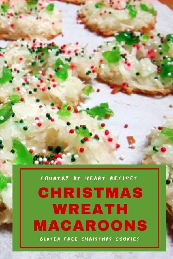 Pinterest Pin - Christmas Wreath Macaroons