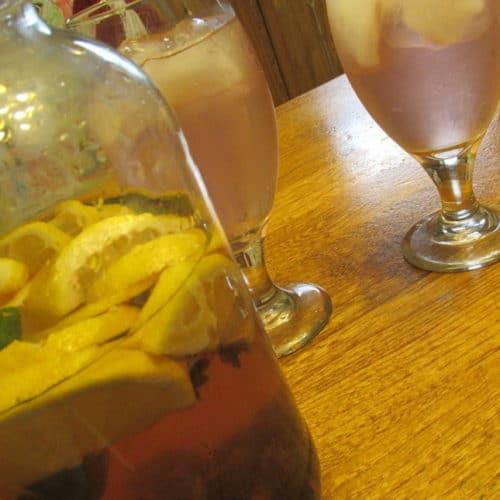 Cherry-lemon infused water