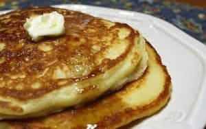 Fluffy Weekend Buttermilk Pancakes with Maple Syrup
