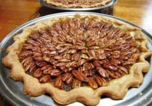 Bourbon Pecan Pie - Fancy Decoration