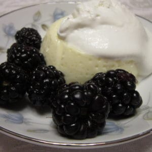 Recipe for Baked Custard with Blackberries