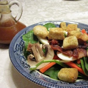 Recipe for Spinach Salad with Vinegar Dressing