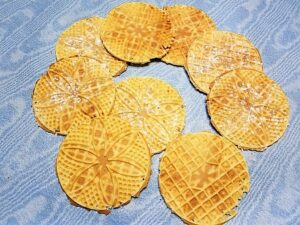 Pizzelle Cookie Design - Cookies with Powdered Sugar