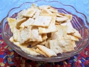 Recipe for Sourdough Cheddar Cheese Crackers